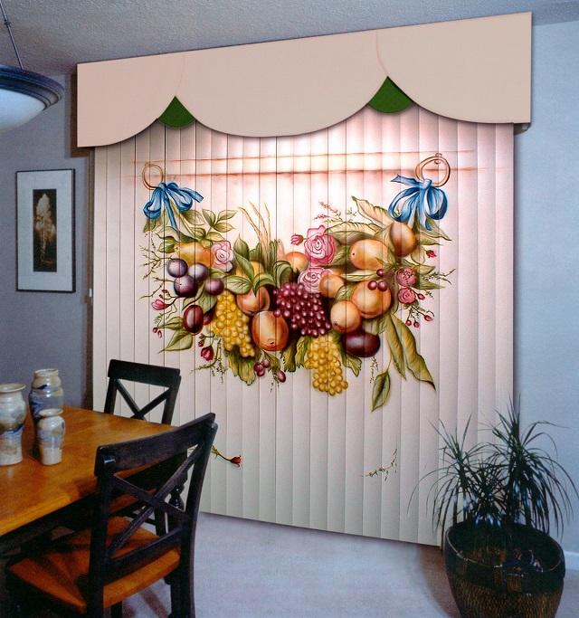 Фотожалюзи для кухни с изображением фруктов выглядят очень эстетично