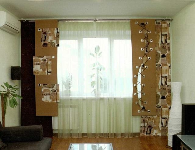 Разноуровневые текстильные панели из трех видов ткани, с лоскутными вставками