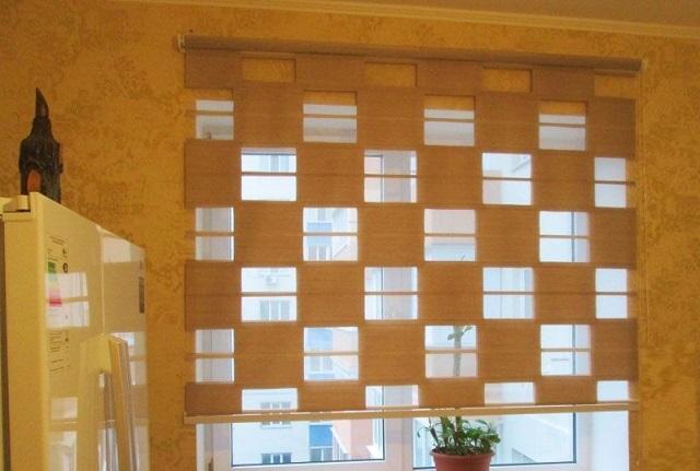 Рулонные шторы День и Ночь выполненные в оригинальном стиле