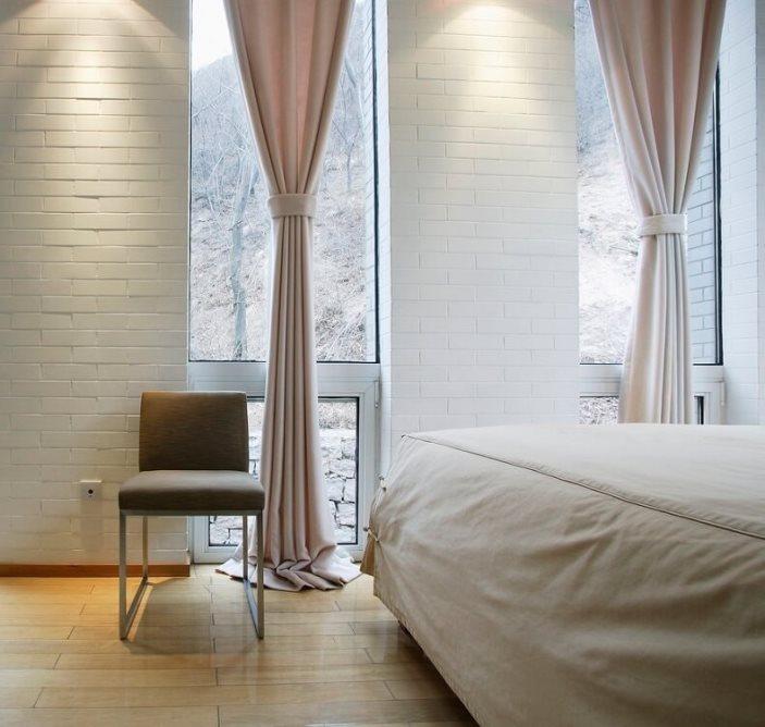 белые льняные шторы