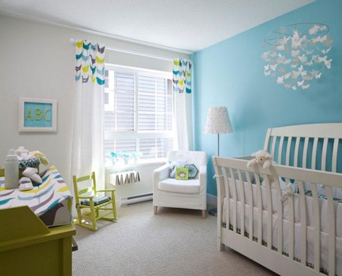 белые шторы в детской комнате