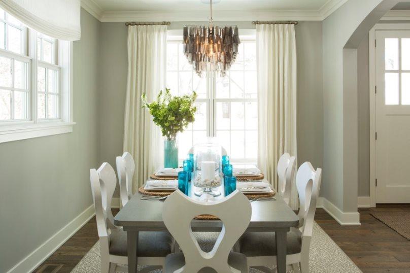 белые шторы в столовой