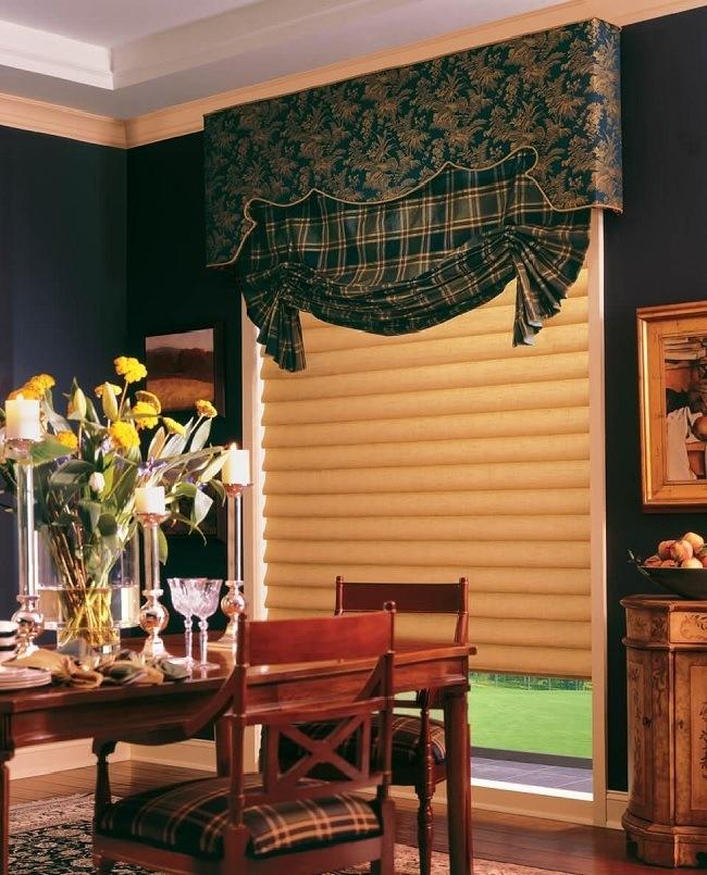 английские шторы с жесткими ламбрекенами