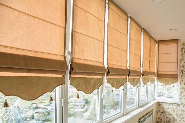 Римские шторы с фигурным низом