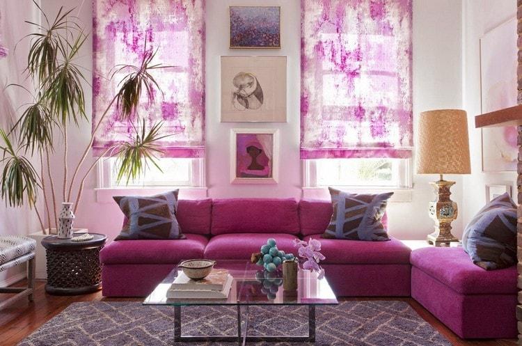 розовая гостиная с римскими шторами