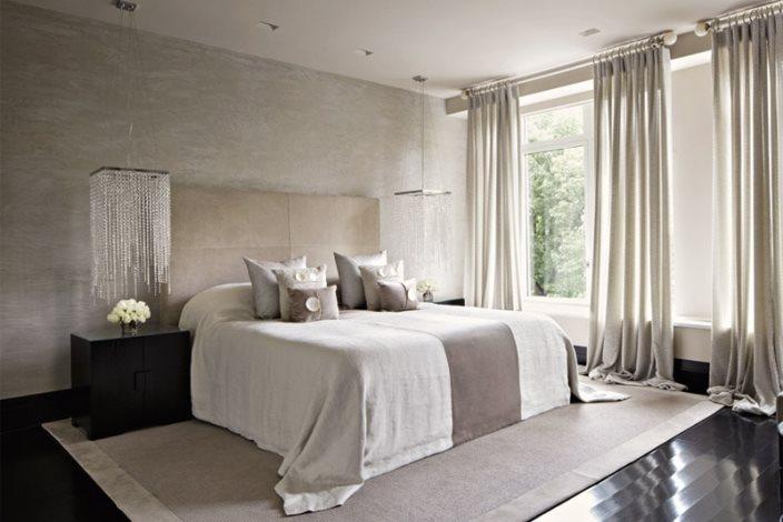 спальня в мягких серых тонах с примесью коричневого цвета