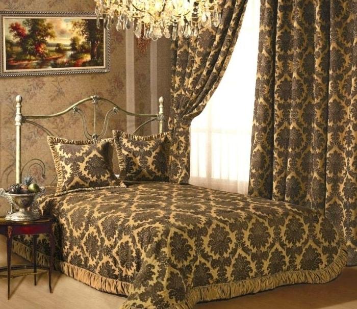 гобеленовые шторы в спальне