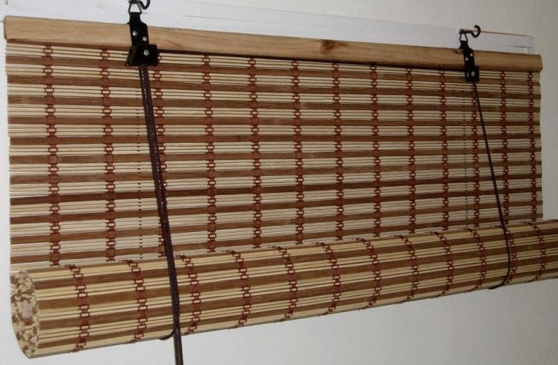 рулонные шторы из бамбуковой соломки