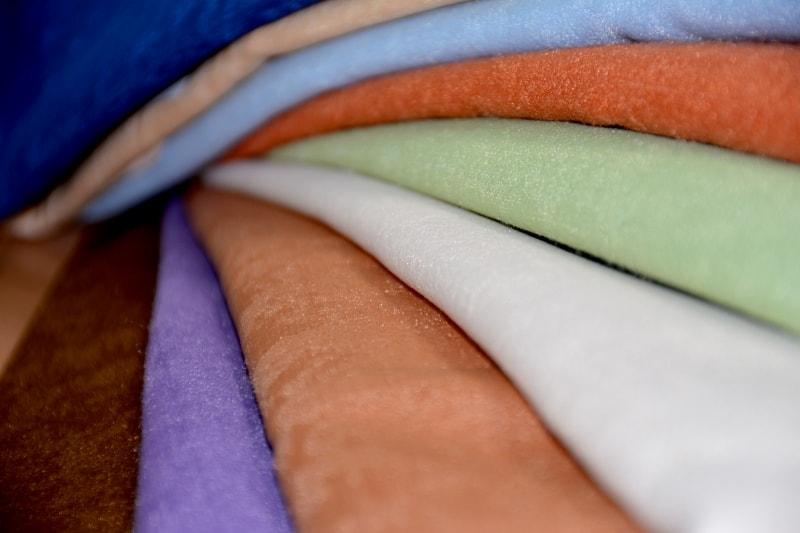 ткань из софта разных расцветок