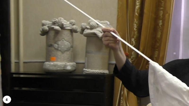 вынимаем утяжелитель из римской шторы