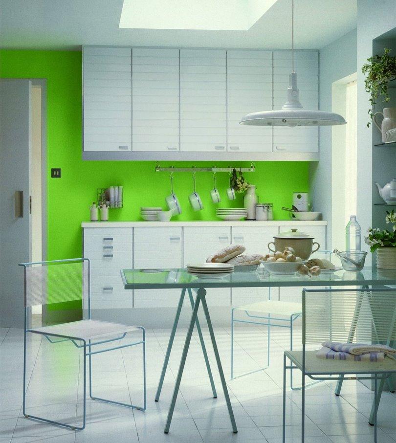 белый пол в контрасте с зелеными стенами