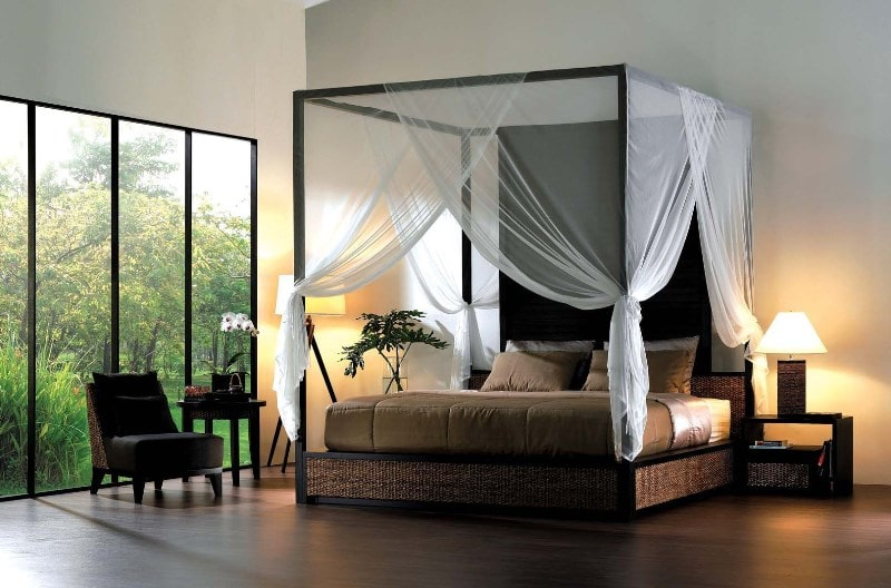 кровать со шторами