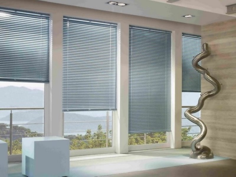 Жалюзи горизонтальные  для окон: алюминиевые, деревянные, тканевые, кассетные, с рисунком