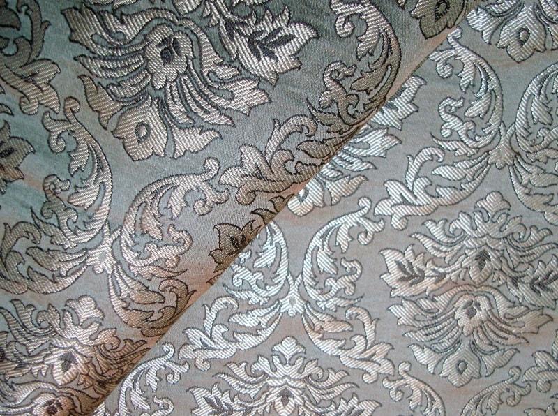 крупноузорчатая ткань