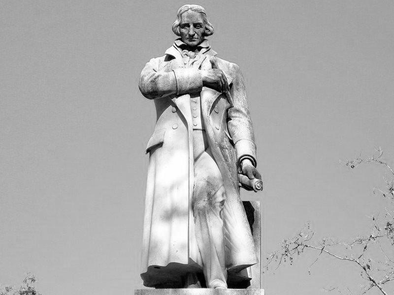 памятник в честь Жозефа Мари Жаккара