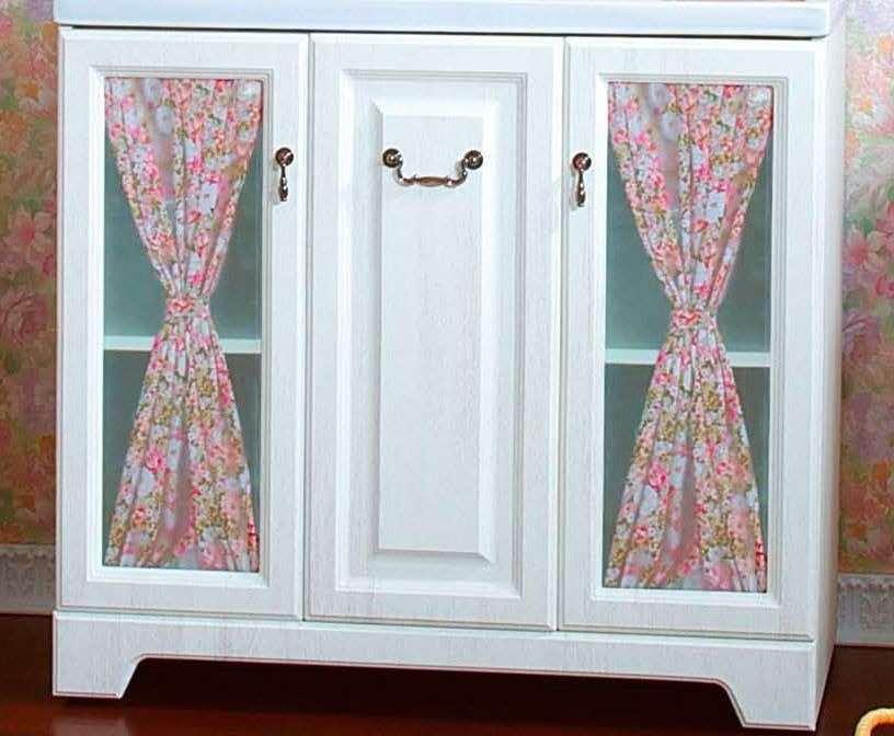 так можно сдекорировать дверки шкафа