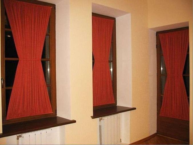 такие шторы можно присобрать посередине на кулиску