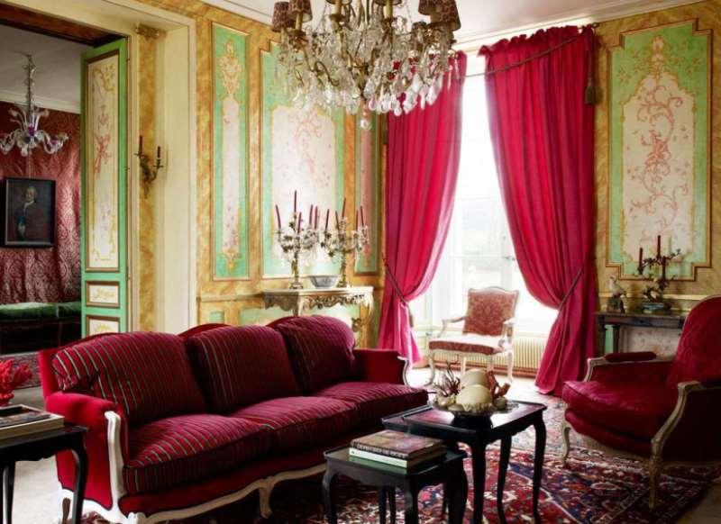 насыщенный розовый в дворцовом стиле