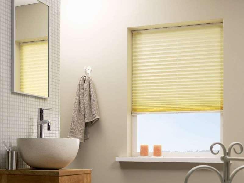 плиссе отлично подходят для ванных где есть окно