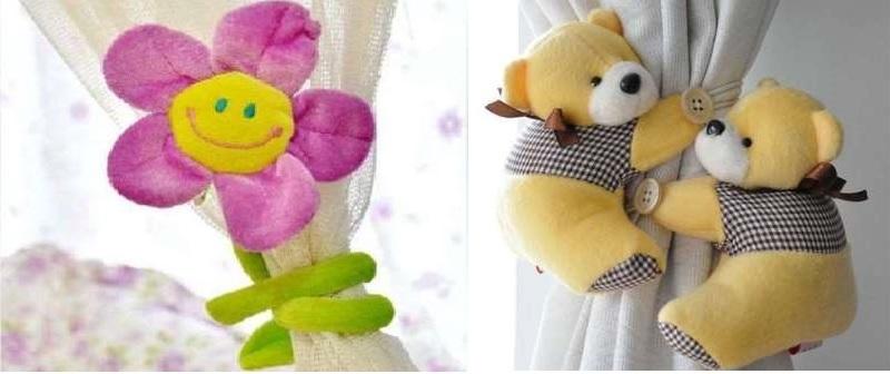 с игрушками в виде цветочка или мишек