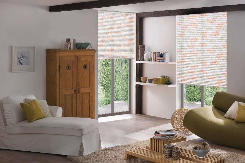 такие шторы можно использовать для раздвижных входных дверей