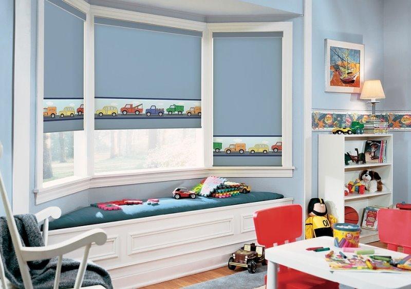 рулонки в цвет со стенами в детской