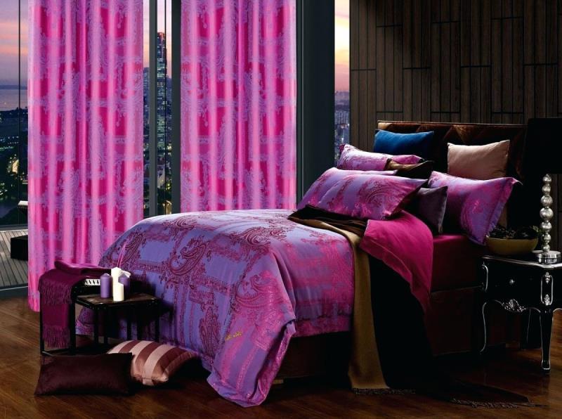 розовый цвет сглаживает фиолетовый