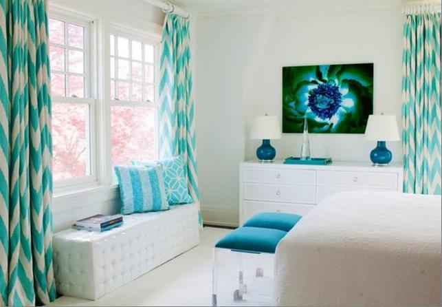 шторы с бело бирюзовым геометрическим рисунком