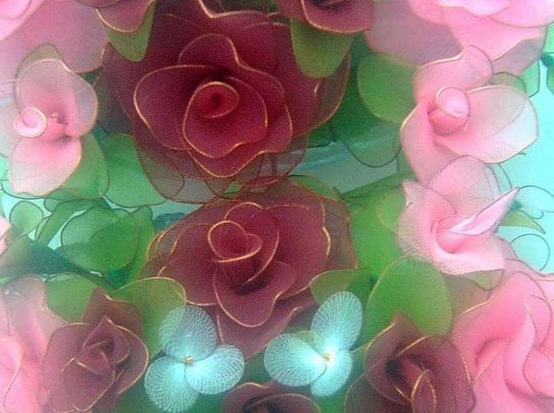 Капроновые цветы для украшения интерьера