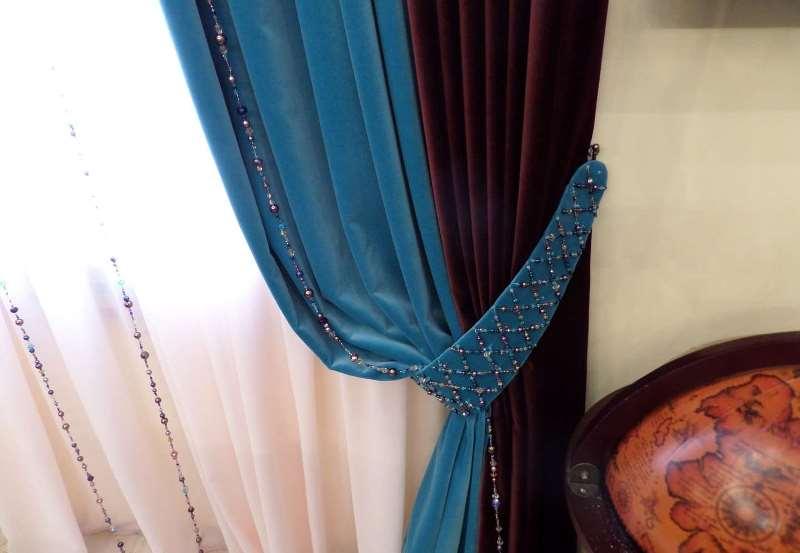 Велюровые шторы с подхватом