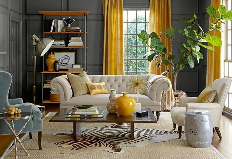 портьеры желтого цвета в гостиной