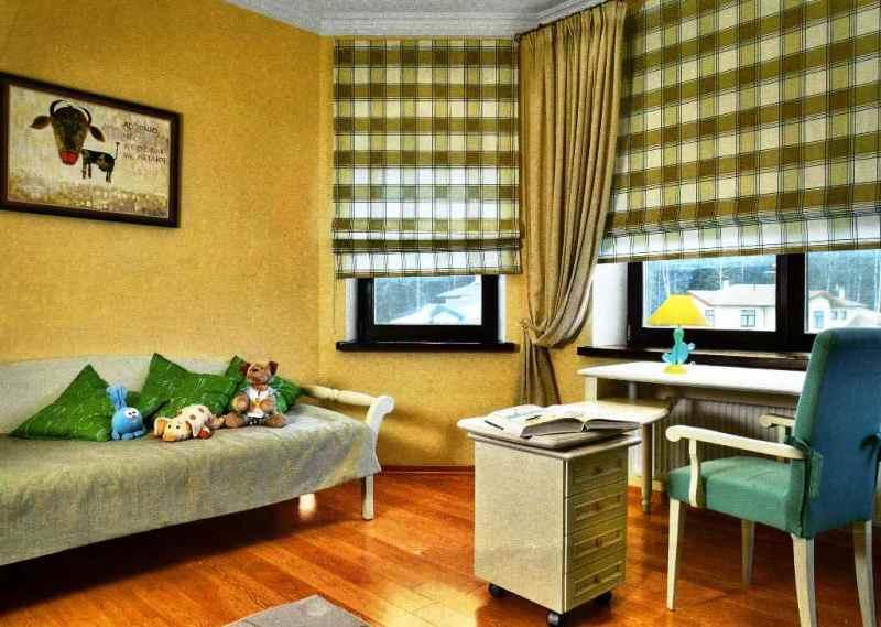 римские шторы в клетку в детской комнате