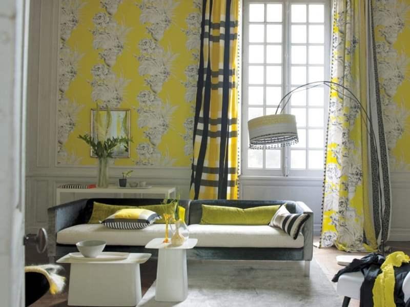 шторы в клетку могут сочетаться с другими расцветками и рисунками