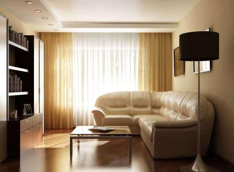 Светлые шторы и тюль в маленькой гостиной
