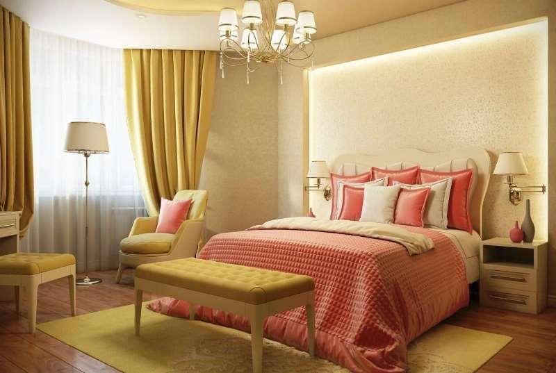 Шторы и тюль всветлой спальне с полукруглым эркером